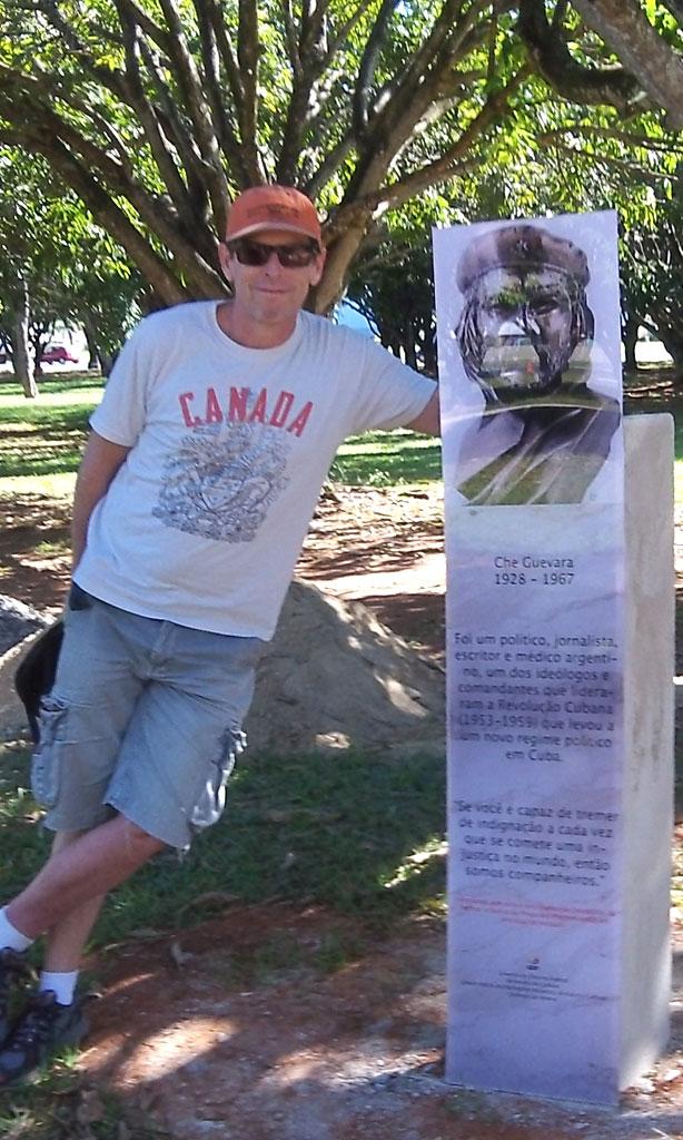 Che Guevara monument